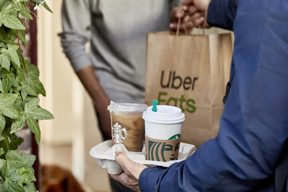 Starbucks Delivers, powered by Uber Eats (CNW Group/Starbucks Coffee Company)