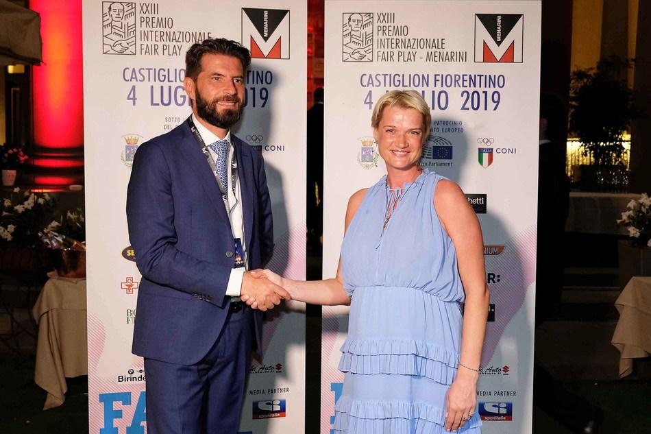 Ennio Troiano, HR Director Menarini Corporate, and the champion Svetlana Khorkina.