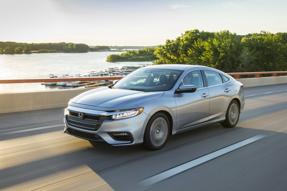 Featuring a new Platinum White Pearl exterior color, the 2020 Honda Insight begins arriving at dealerships tomorrow with a Manufacturer's Suggested Retail Price (MSRP) of $22,930 (excluding $930 destination and handling). With an EPA-rated 55 mpg city fuel economy (LX, EX) in combination with premium sedan design and driving performance, Insight brings the style consumers desire with fuel efficiency that's easy on the wallet.