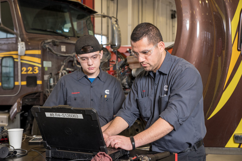 With the Cummins Connected Diagnostics application available in the Fleet Complete platform, users will be able to reduce unplanned downtime, improve overall vehicle maintenance planning and avoid unnecessary expenses. (CNW Group/Fleet Complete)