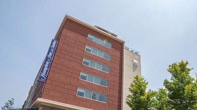 Hampton Inn & Suites by Hilton Fort Wayne Downtown Now Open