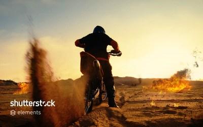 Apresentando o Shutterstock Elements, milhares de efeitos de vídeo com qualidade de cinema para produtores de filmes