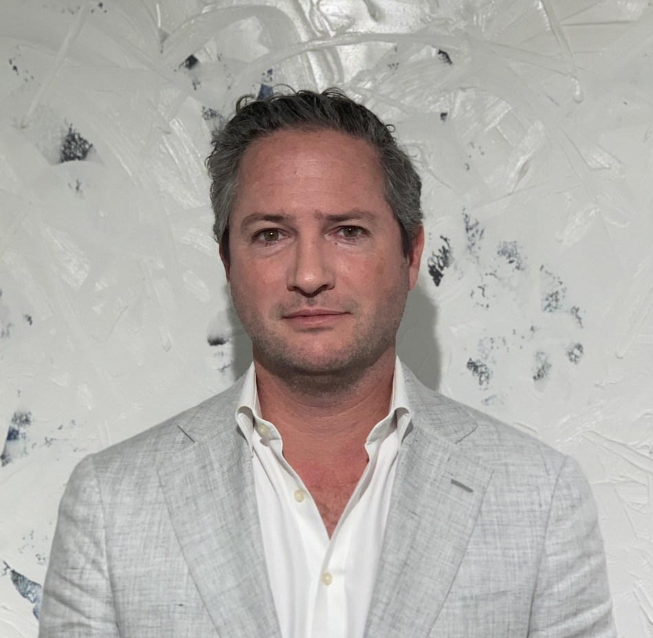 Drew Stoddard, Executive Vice President of Direct-to-Consumer Marketing for Surterra Wellness