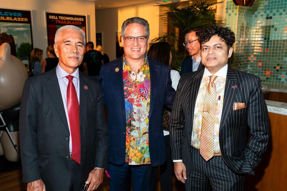 Former President of Kiribati, HE Anote Tong with Senator J. Kalani English (Hawaii) and President & CEO of BayEcotarium, George Jacob. Credits: Drew Alitzer