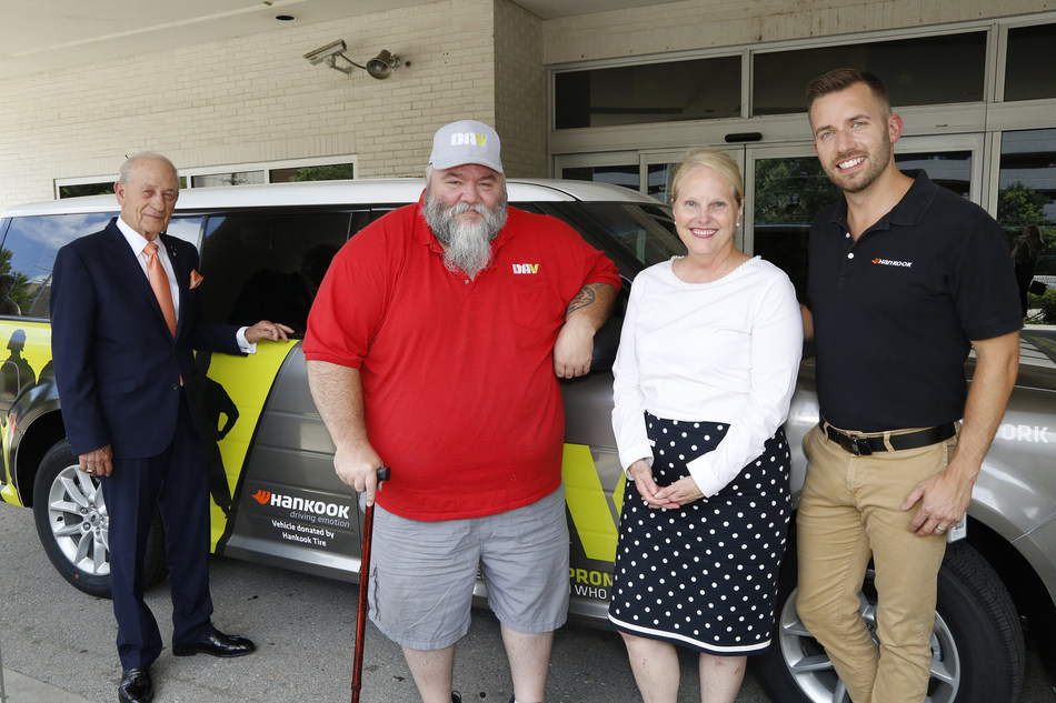 Hankook Tire donated a new DAV Transportation Network vehicle to the Tennessee Valley Healthcare System Nashville Campus at an unveiling ceremony yesterday. The Hankook-branded 2019 Ford Flex is shown here with (L to R) Don Samuels, DAV Past National Commander; Kenny Belew, DAV Tennessee State Adjutant; Jennifer Vedral-Baron, Tennessee Valley Healthcare System Health System Director; Todd Walker, Hankook Tire Corporate Communications. The vehicle will provide free rides to Nashville veterans.