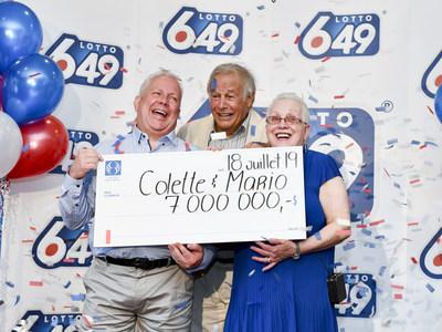 Colette Laberge et Mario Lafrenière sont accompagnés de Yves Corbeil (Groupe CNW/Loto-Québec)