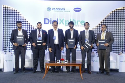 Ajay Kumar Dixit, CEO, Cairn Oil & Gas (Third from left) at MoU signing with tech startups at DigiXplore