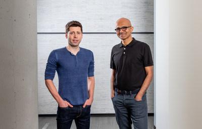 Sam Altman, chef de la direction d'OpenAI (à gauche), et Satya Nadella, chef de la direction de Microsoft