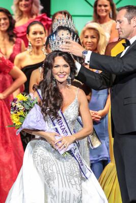 Mrs. Utah International, Robin Towle, Crowned Mrs. International 2019