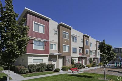 Olympus Property acquires Promenade at the District in South Jordan, Utah