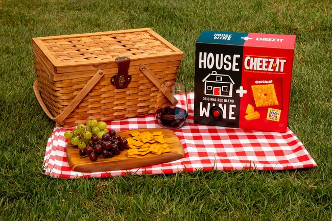 Some say there is no better pairing than wine and cheese— until now. Cheez-It and House Wine are collaborating to create the ultimate summer duo: House Wine & Cheez-It.