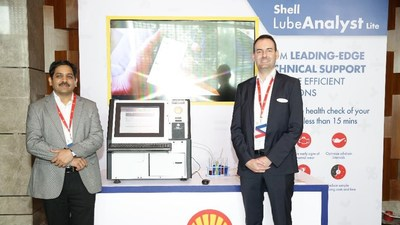 L-R: Praveen Nagpal, Chief Technology Officer, Shell Lubricants India and Gareth Flood, Chief Marketing Officer, Shell Lubricants India