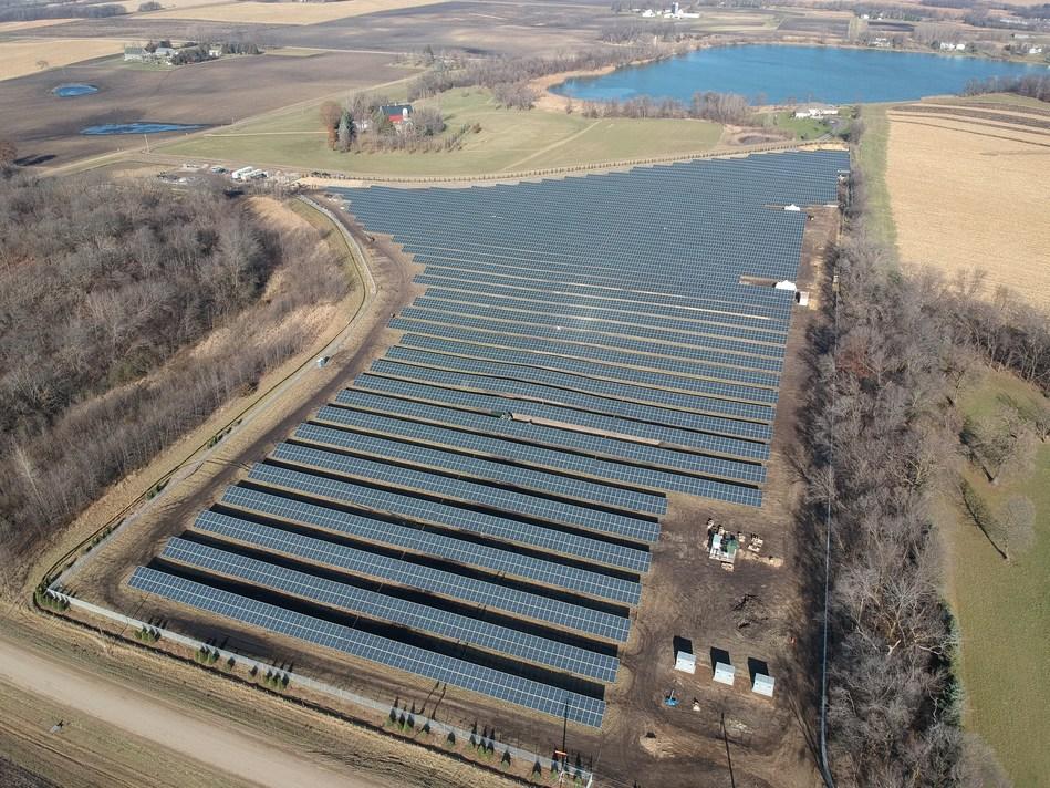 Porter Way Community Solar Garden (Array 1 of 3), Waconia, Minnesota, 3.943 MW