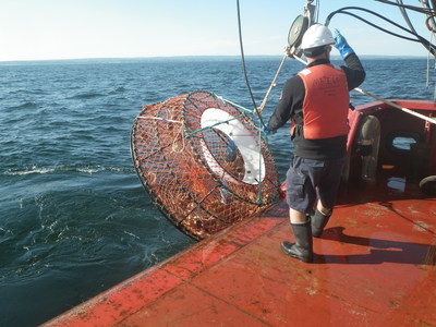 Successful three-day Operation Ghost recovers 101 traps and nine kilometres of rope from the water in the Gulf of St. Lawrence (CNW Group/Fisheries and Oceans (DFO) Canada)