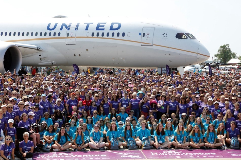 All-female United crew flies a Boeing 787-8 Dreamliner, with almost 100 women, to EAA AirVenture in Oshkosh, WI