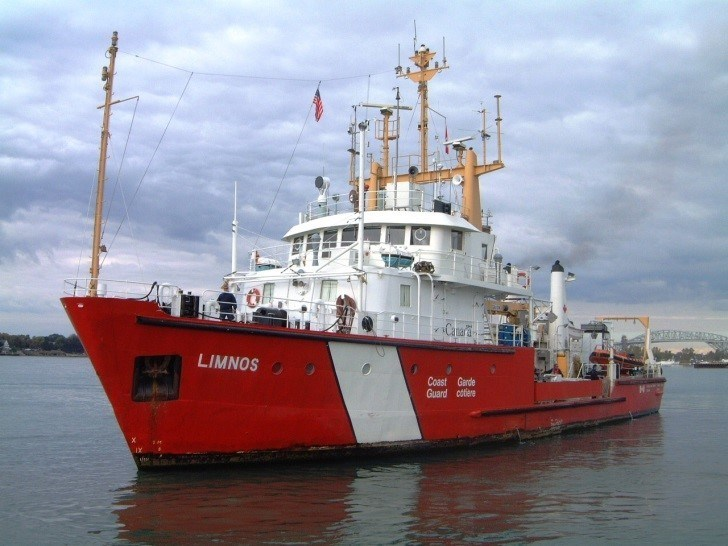 CCGS Limnos (CNW Group/Fisheries and Oceans Central & Arctic Region)