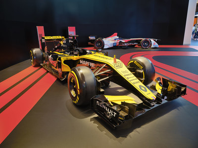 Renault Sport has always been a pioneer of technology in racing. This R.S. 2018 was designed to compete during the 2018 FIA Formula One World Championship. This unity of carbon fiber weighing at only 733kg moves through space with no effort.