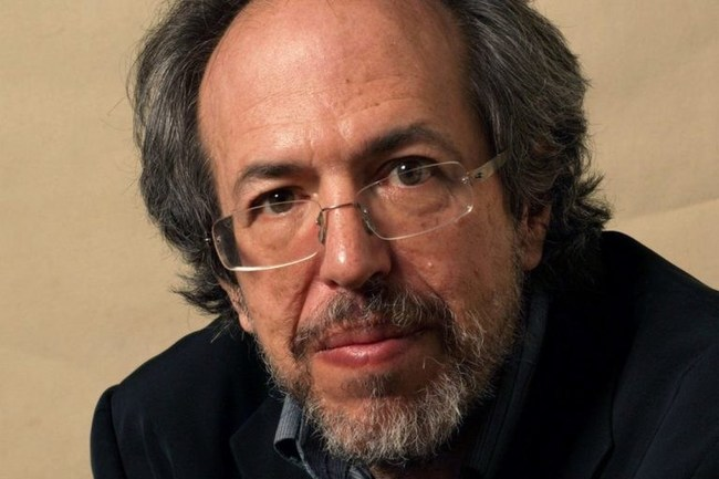 Lee Smolin, co-founder of the Perimeter Institute for Theoretical Physics, author of the new book, Einstein's Unfinished Revolution, and the fifth guest on the first season of The Jim Rutt Show is an interview podcast series examining cutting-edge thinking in science and technology.