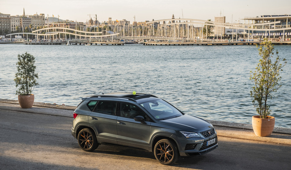 The CUPRA Ateca, the best ally for a feat worthy of a sports legend