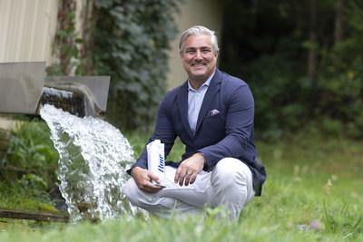 Nicholas Reichenbach, fondateur et chef de la direction de Flow Alkaline Spring Water, à la nouvelle source des États-Unis à Verona, en Virginie