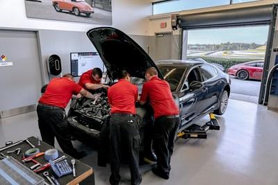 More than one third of U.S. Porsche technicians are PTAP graduates. Photo: Porsche Cars North America, Inc.
