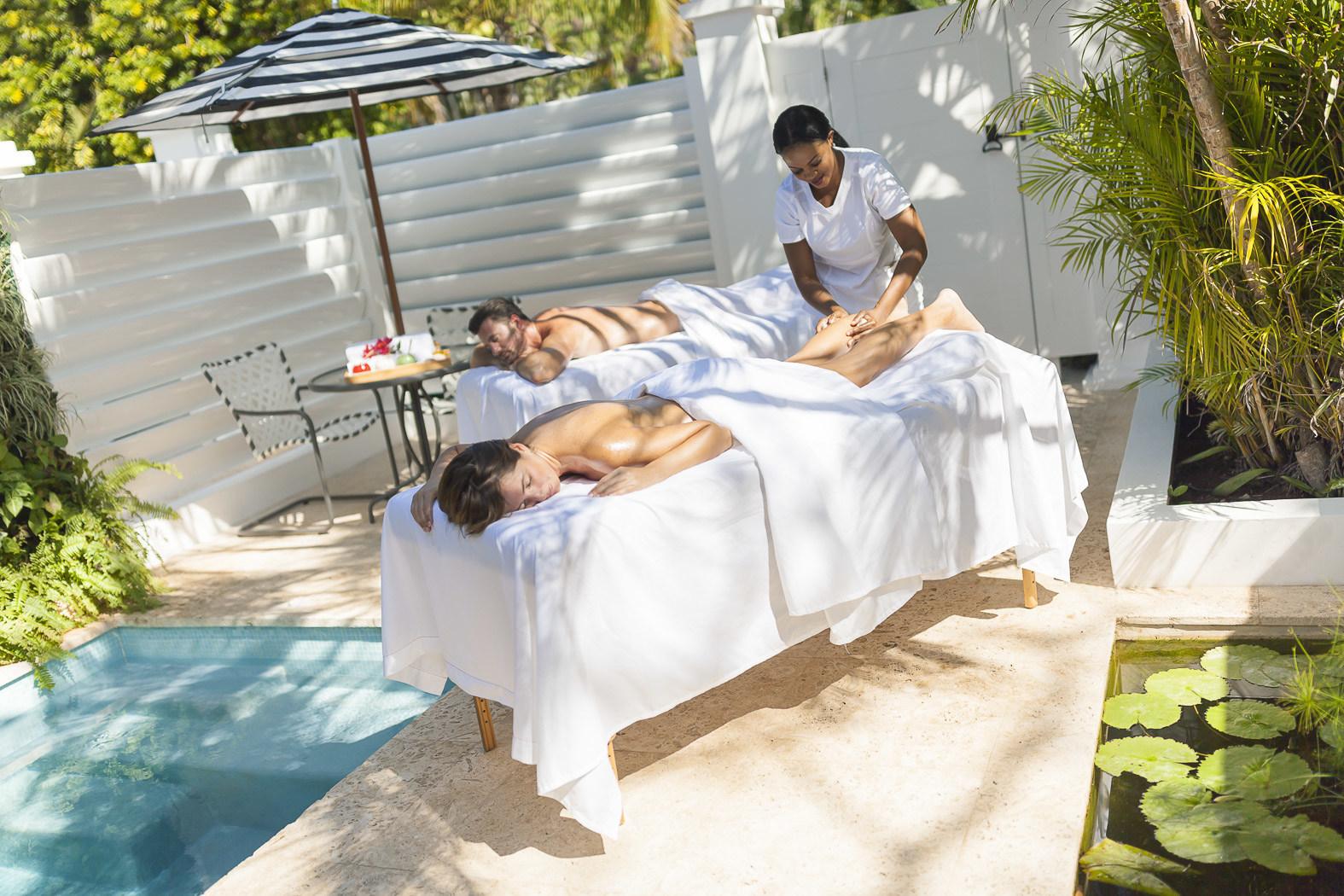 Couples Resorts Jamaica Offers New CBD Oil Massage