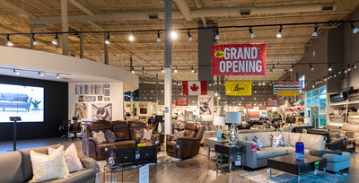 Coquitlam Store Summer 2019 Imagery (CNW Group/Leon's Furniture Limited)