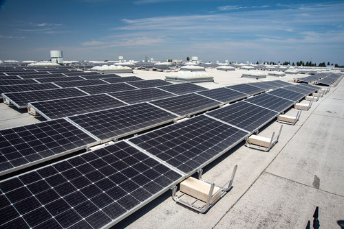 Ralphs Grocery Company installed more than 7,000 solar panels at its Distribution Center in Paramount, CA. The solar installation provides 50% of the facility's energy needs.