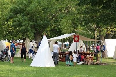 Un campement des plus animés (Groupe CNW/Parks Canada (Québec))