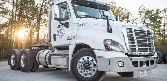 Jetco Delivery Ignites Commitment to Safety with Fleetwide Upgrade to Lytx Driver Safety Program