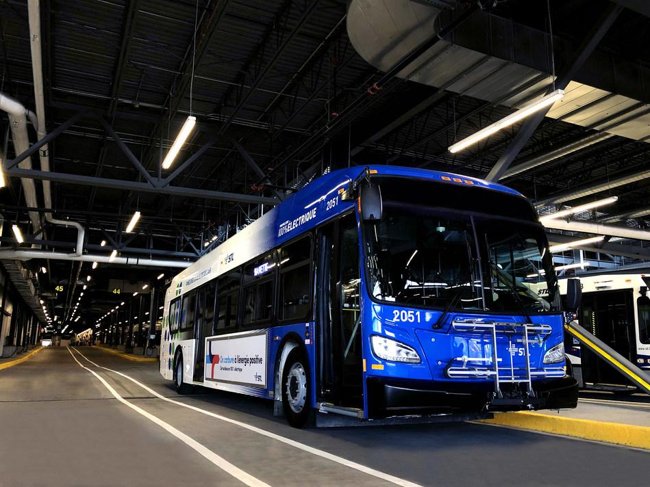 Laval : Québec's first electric city bus with a 250-km range - Credit : Société de transport de Laval (CNW Group/Société de transport de Laval)