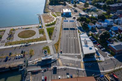 Sorel_Aire d'attente : La nouvelle aire d'attente agrandie accélère l'embarquement des voitures à bord des navires. (Groupe CNW/Société des traversiers du Québec)