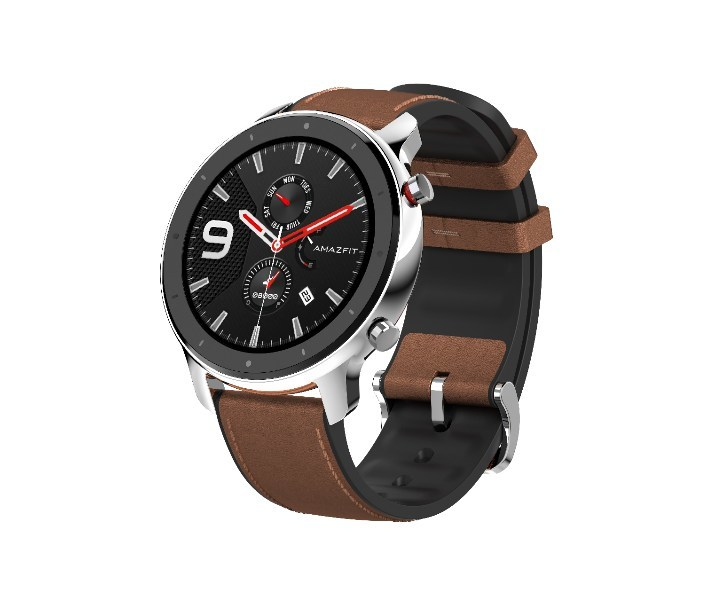 Leather + Silicone strap for elegance and resistance to sports.