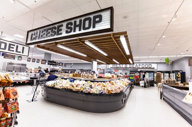 Giant Food store in Olney, Maryland that features the updated store format that the new Owings Mills location will have
