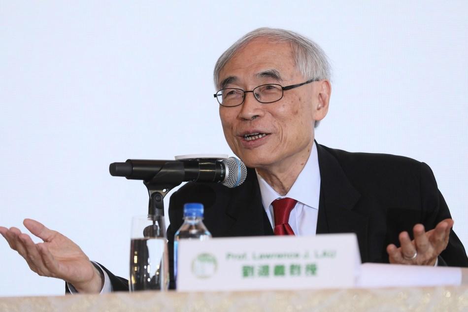 Professor Lawrence J. Lau reveals the three 2019 LUI Che Woo Prize laureates, sharing their key achievements.