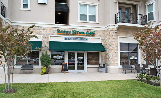 Pictured is the first Sunny Street Café opened by the Leveretts in 2008 in North Richland Hills, Texas. The restaurant proved to be an instant success, and the Leveretts soon followed with a second location in Haltom City in 2009. The Keller location is their third Sunny Street Café and the Leveretts believe the community-focused vibe will make a great addition to the neighborhood.