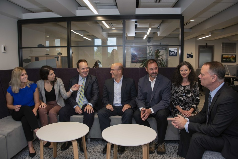 Today, Steven MacKinnon, Parliamentary Secretary to the Minister of Public Services and Procurement and Accessibility visited four GCcoworking sites in the National Capital Region. (CNW Group/Public Services and Procurement Canada)