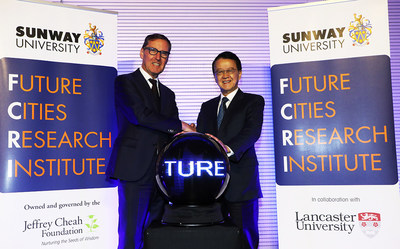 The Right Honourable Alan Milburn, Chancellor of Lancaster University and Tan Sri Dr Jeffrey Cheah AO, Chancellor of Sunway University launch the Future Cities Research Institute (FCRI)