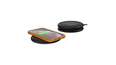 OtterSpot enables portable charging wherever life takes you. The OtterSpot Charging Base can power multiple OtterBox Wireless Charging Batteries and a device at the same time.