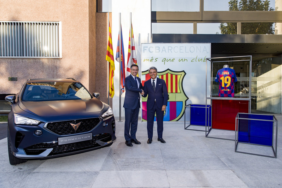 Luca de Meo, SEAT President and Chairman of the Board of CUPRA, and Josep Maria Bartomeu, FC Barcelona President, met today at Camp Nou before Barça's first home game in La Liga 2019-2020