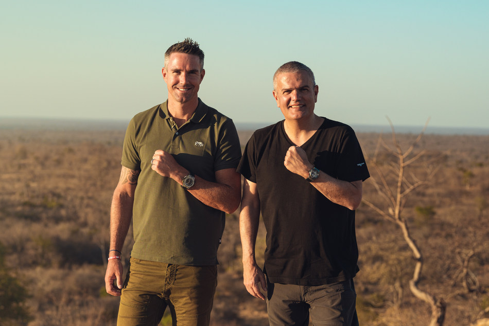 Hublot has joined in partnership with Kevin Pietersen and SORAI (Save Our Rhinos Africa and India) to protect the rhinoceros, which is facing extinction.