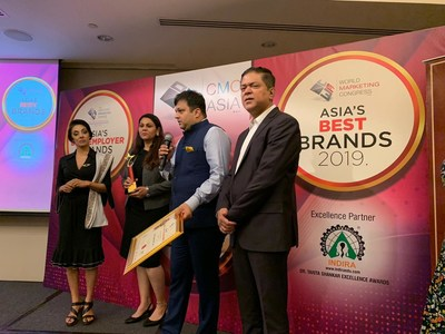 Ashutosh Pandit, Founder of STEM Learning While Receiving the Award