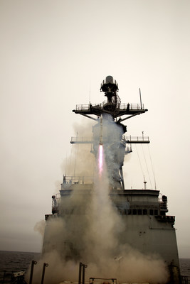 An ESSM Block 2 intermediate-range, surface-to-air missile takes flight during a U.S. Navy test. (Photo: U.S. Navy)
