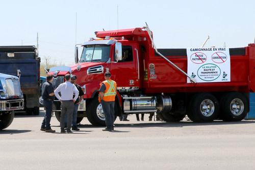 La libéralisation de transport en vrac dans les marchés publics crée un grave préjudice aux retombées économiques locales. (Groupe CNW/Association nationale des camionneurs artisans inc. (ANCAI))