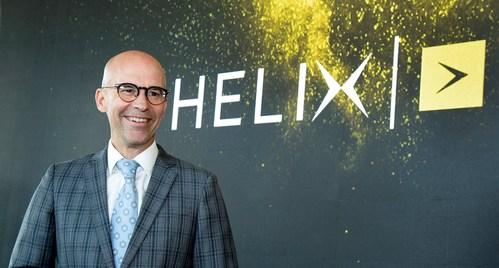 Jean-François Pruneau, président et chef de la direction, s'adressant aux médias présents lors de la conférence de presse du lancement commercial d'Helix, le 27 août 2019. (Groupe CNW/Vidéotron)