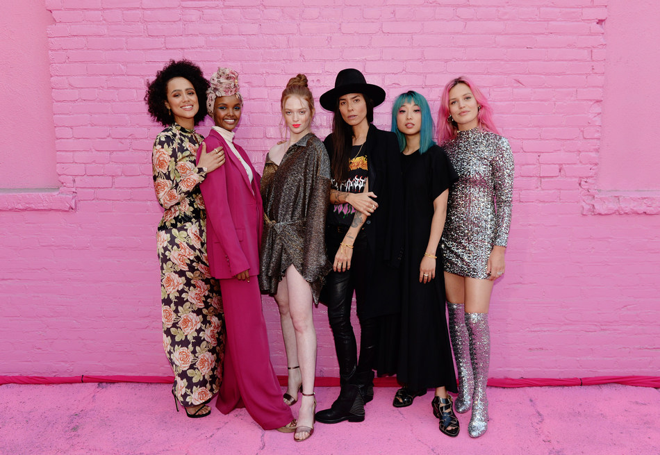 LOS ANGELES, CALIFORNIA - AUGUST 28: (L-R)  Nathalie Emmanuel, Halima Aden, Larsen Thompson, Tasya Van Ree, Margaret Zhang and Georgia May Jagger attend Pandora Street Of Loves on August 28, 2019 in Los Angeles, California. (Photo by Andrew Toth/Getty Images for Pandora) (CNW Group/Pandora Jewelry, Inc.)