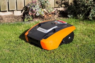 Yard Force will bring its latest robotic mowers to SPOGA GAFA, the world's largest garden fair (PRNewsfoto/SUMEC)