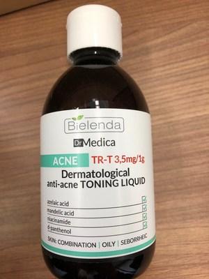 Bielenda Dr. Medica dermatological anti-acne toning liquid (CNW Group/Health Canada)