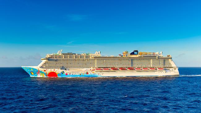 Norwegian Breakaway to deliver hurricane relief supplies to the Bahamas.