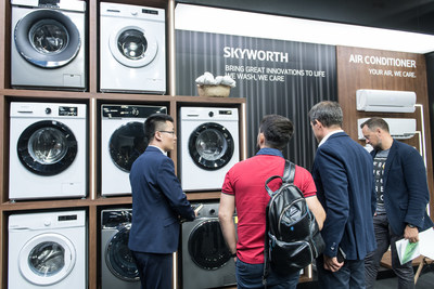 SKYWORTH showcases washing machines